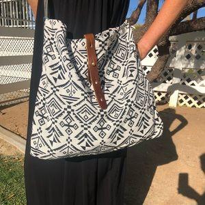 Black & White Shoulder bag/ Crossbody bag